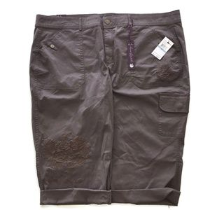 Capri Pants Women Plus 20W  Taupe Embroidered $52